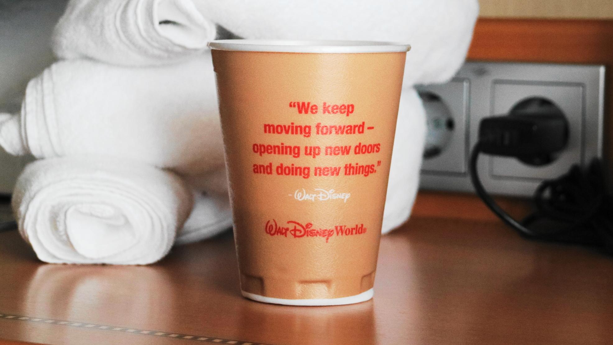 ディズニーの紙コップ